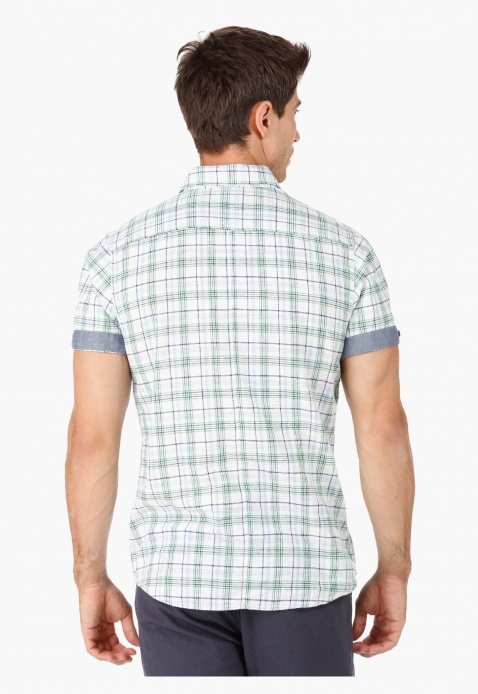 Checked Collar Neck Casual Shirt with Short Sleeves in Regular Fit