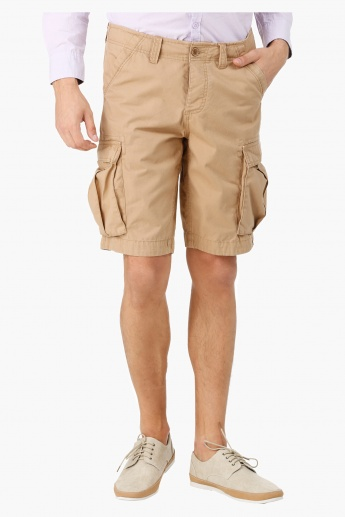 Cargo Shorts in Slim Fit