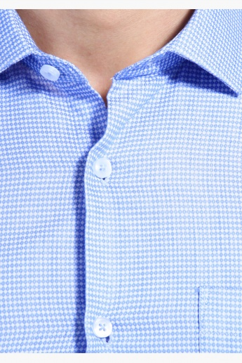 Chequered Shirt with Long Sleeves in Regular Fit