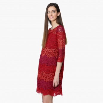 Lace Midi Dress with Round Neck and 3/4 Sleeves