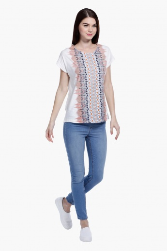 Printed Round Neck Top with Short Sleeves in Regular Fit
