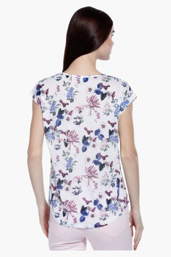 Printed Round Neck with Short Sleeves in Regular Fit
