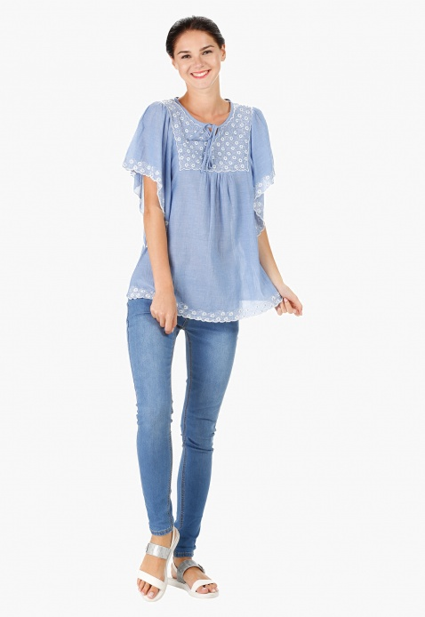 Round Neck Embroidered Kaftan with Short Sleeves and Scalloped Hem